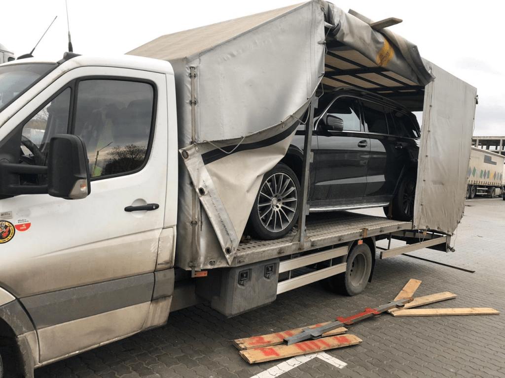 Крытая перевозка Mercedes по маршруту Калининград Казахстан