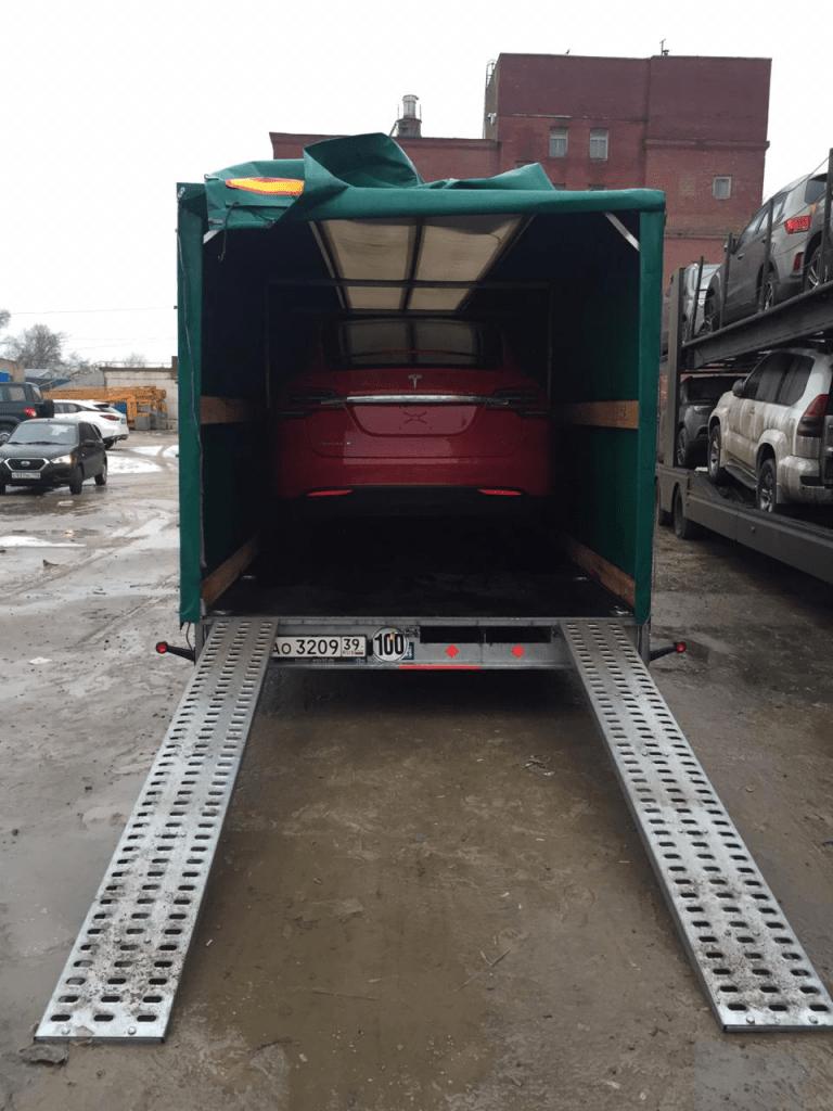 Крытая перевозка Tesla Model X